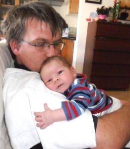 apa-csecsemő testközelség